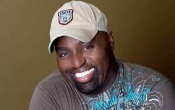 HOUSE ICON FRANKIE KNUCKLES PASSES AWAY